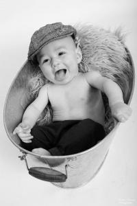 seance photo bébé photographe famille vendée